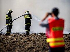 Slavnostní hašení požáru stohu v Ostravě-Hrabové.