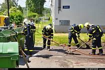 Ostravští hasiči likvidovali červený fosfor v komunálním odpadu.