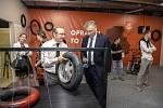 Hejtman MSK Ivo Vondrák na výstavě Grand Prix v DOV