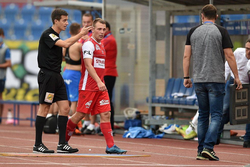 Utkání 4. kola první fotbalové ligy: FC Baník Ostrava - FK Pardubice, 19. září 2020 v Ostravě. Jan Prosek z Pardubice.