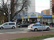 Strážníci a policisté dostali situaci pod kontrolu.