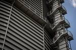 Odborná firma rozebere 84 metrů vysoký plynojem MAN který stojí na ulici 1. máje, snímek z 14. června 2021. Plynojem je už přes 10 let využíván.