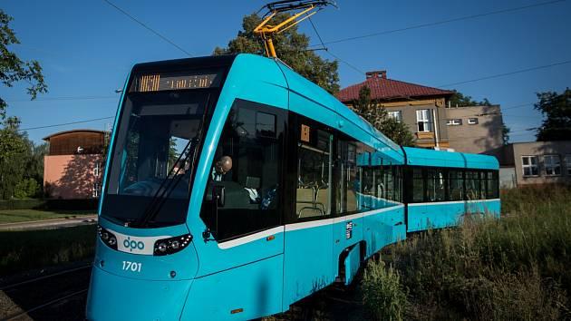 Město se zaručilo, že na moderní trať by nasazovalo nové tramvaje od Stadleru, kterých už brzy bude mít téměř čtyřicet. Po městě zatím jezdí první dvě.