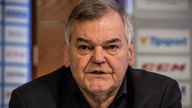 Hokejový trenér Vladimír Vůjtek starší.