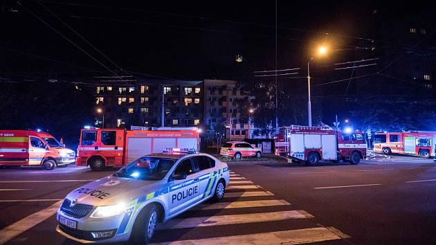 Hasiči Moravskoslezského kraje při nočním zásahu. Ilustrační foto.