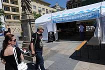 Hlavní stan ostravského projektu Léto!!! je rozbalen v Klubu Náměstíčko na Masarykově náměstí.