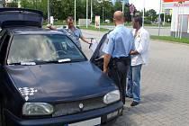 Mezi hříšníky, kterým policisté zajistili vozidlo, byl před několika měsíci i muž na snímku.