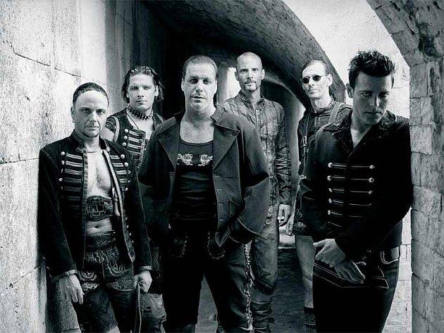 Světově proslulá německá hudební skupina Rammstein.