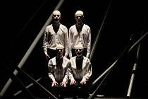 Snímek z opery Sezname, otevři se!