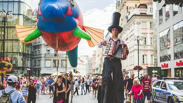 Festival v ulicích - V.O.S.A. Theatre.