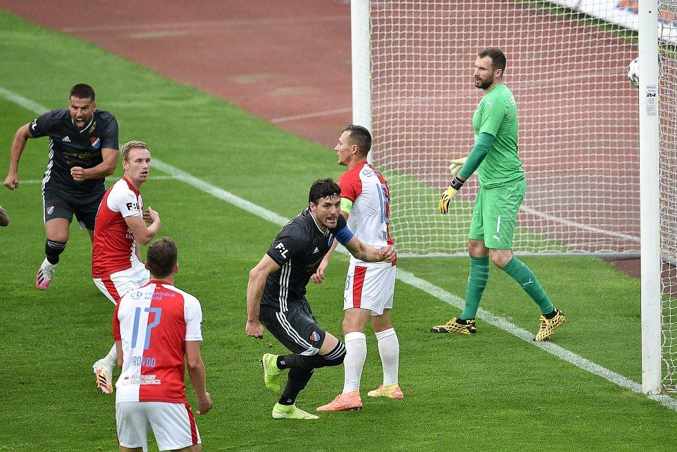 Utkání 29. kola první fotbalové ligy: FC Baník Ostrava - SK Slavia Praha, 10. června 2020 v Ostravě. Radost Baníku Patrizio Stronati z Ostravy.
