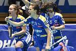 Pohár mistrů ve florbalu, finále (ženy): Täby FC - Kloten-Dietlikon Jets, 12. ledna 2020 v Ostravě. Radost týmu Kloten-Dietlikon Jets.