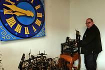 O všechny věžní hodiny v Ostravě se v současnosti stará, až na jednu výjimku, stará firma Impuls-B.