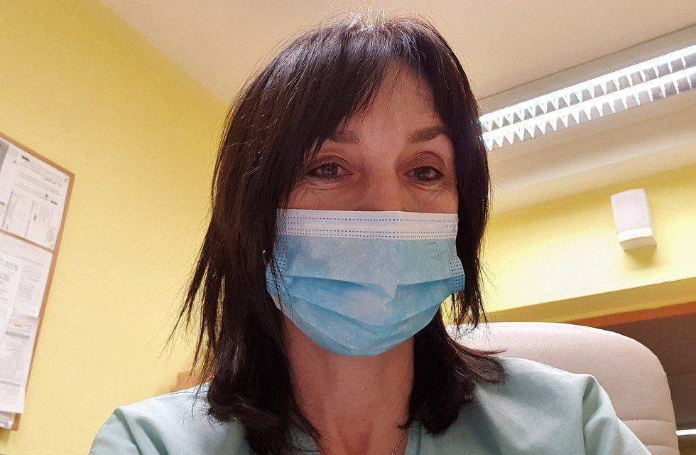 Zástupkyně přednosty infekčního v největším zdravotnickém zařízení v kraji Lenka Petroušová.
