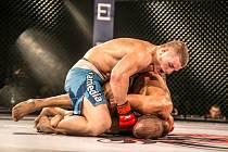 Až patnáct bitev v MMA uvidí 24. září návštěvníci galavečera Victory Fighting Championship League. Chybět nebudou ani kvalitní zápasníci ze Slovenska či Polska.