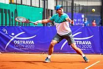 Tenisový turnaj Ostrava Open ovládl v uplynulém ročníku Rus Aslan Karatsev (na snímku), který ve finále porazil Němce Oscara Otteho.