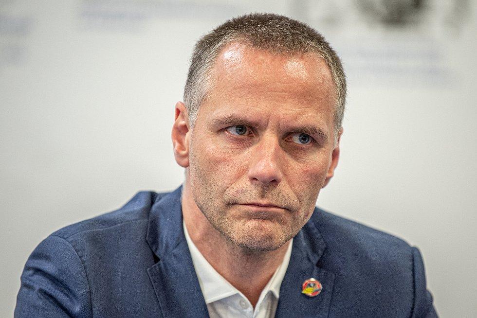 Tiskové konferenci klubu HC Vítkovice Ridera před novou extraligovou sezonou, 3. září 2020 v Ostravě. člen představenstva a výkonný ředitel Petr Handl