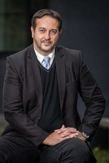 Rastislav Maďar při focení pro Deník, říjen 2020vOstravě.