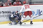 Čtvrtfinále play off hokejové extraligy - 1. zápas: HC Oceláři Třinec - HC Vítkovice Ridera, 20. března 2019 v Třinci. Na snímku (zleva) Lukáš Kucsera a Martin Gernát.