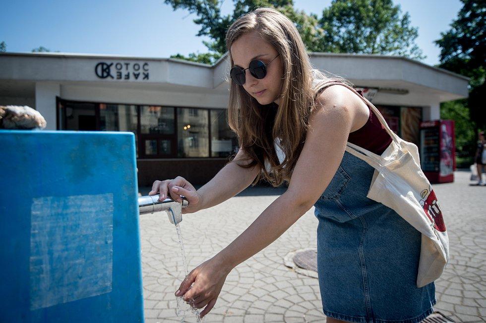 Veřejné pítko v Ostravě, červen 2019. Ilustrační foto.