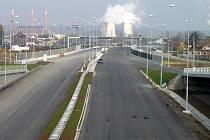 Úsek D47 s výhledem na komíny třebovické elektrárny