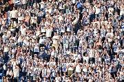 Slezské derby FC Baník Ostrava - Slezský FC Opava, 21. dubna 2019, utkání 29. kola první fotbalové ligy. Na snímku fanoušci.