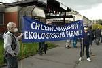 Protestní mítink před hlavní branou podniku LIBERTY Ostrava v městské části Kunčice ve středu 5. května 2021.