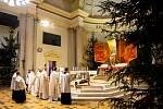 Půlnoční pontifikální mše sv. v katedrále Božského Spasitele, 24. prosince 2019 v Ostravě.
