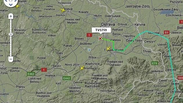 Kvůli bouřky muselo letadlo změnit trasu letu před přistáním