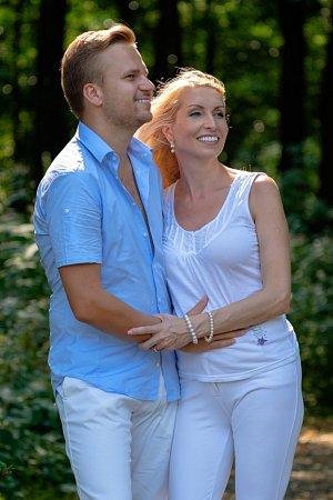 Martin Chodúr se svou přítelkyní Ivonou Selníkovou.