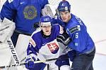 Mistrovství světa hokejistů do 20 let, skupina A: Slovensko - Kazachstán, 27. prosince 2019 v Třinci. Na snímku (zleva) Martin Fasko Rudas a Tamirlan Gaitamirov.