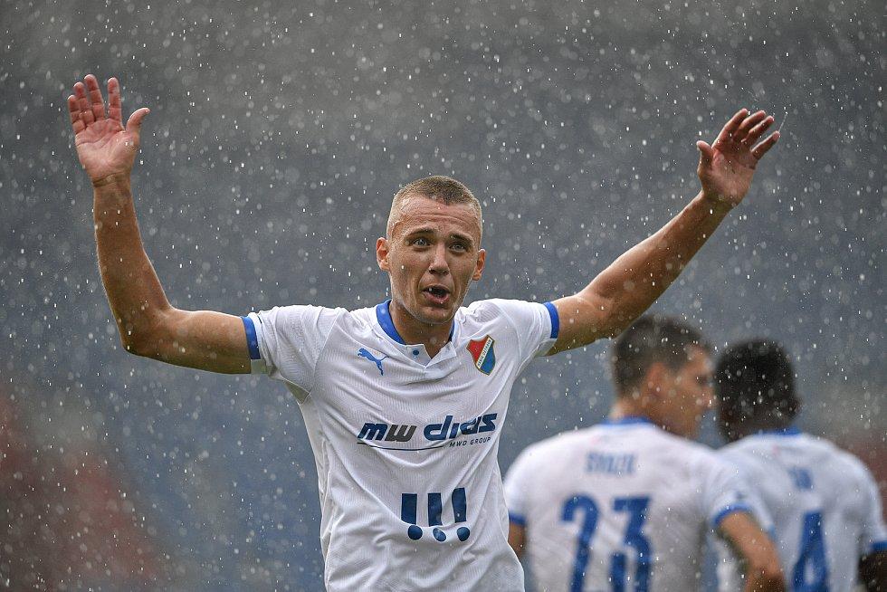 Utkání 2. kola první fotbalové ligy: Baník Ostrava - Fastav Zlín, 1. srpna 2021 v Ostravě. Ladislav Almási z Ostravy  oslavuje gól.