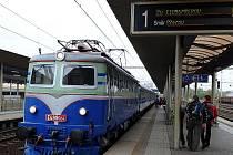 Na své si v sobotu přišli milovníci železnice. Z řady míst republiky, včetně Ostravy, vyrazily speciální vlakové soupravy. Jejich cílem byl Přerov, kde se konaly oslavy u příležitosti 170. výročí příjezdu prvního vlaku po Severní dráze císaře  Ferdinanda.