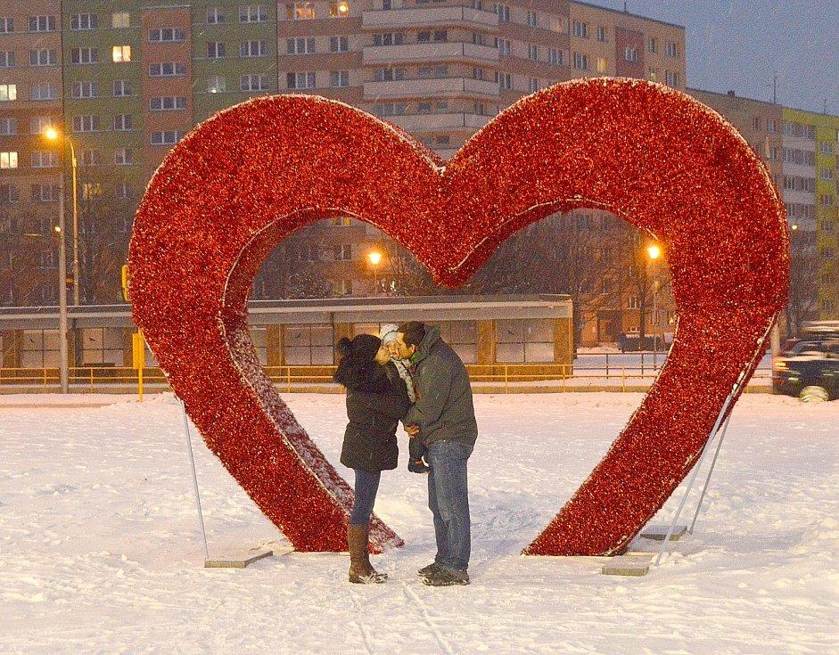 Valentýnské srdce na náměstí Ostrava-Jih.