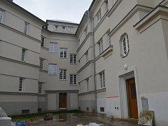 Obvod Ostrava-Jih nabízí k bydlení opravený dům.