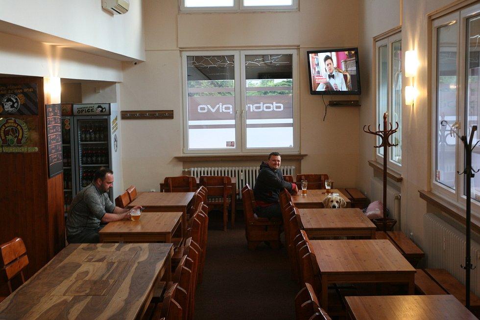 Barunka Speciál Bar v Porubě, 25. května 2020.