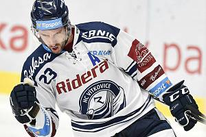 Hokejový útočník Ondřej Roman