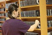 Už od roku 1976 působí při Knihovně města Ostravy i zvukové oddělení pro nevidomé a slabozraké.