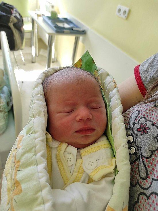 Eleanor Winter, Rožnov pod Radhoštěm, narozena 23. dubna 2021, míra 48 cm, váha 3020 g Foto: Jana Březinová