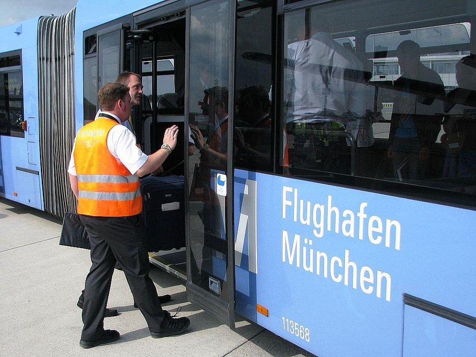 Nová pravidelná linka mezi Mošnovem a letištěm v Mnichově usutěčnila svou premiéru v pátek 25. září.