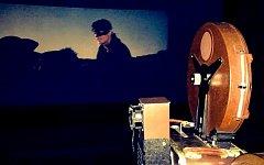 Padesát let od premiéry v porubském letním kině Amfi dávali stejný film – Černý tulipán s Alainem Delonem.