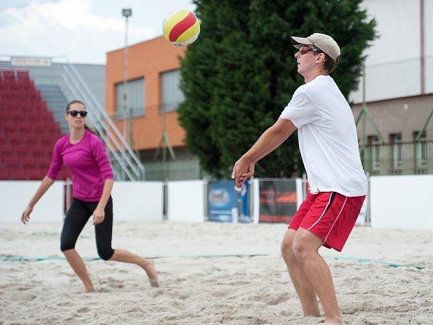 Plážový volejbal, 3. kolo Ligy smíšených dvojic seniorů nad 40 let.