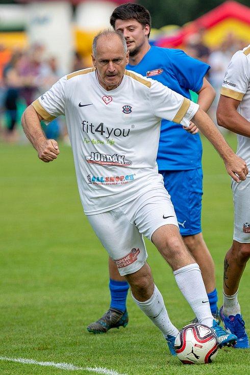 Kopeme za fotbal,TJ Břidličná-Real Top Praha.