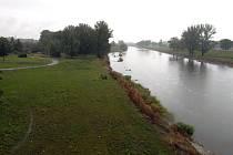 Bude tady hráz? Představitelé Ostravy shánějí peníze na sypanou hráz, která by Žabník ochránila před velkou vodou