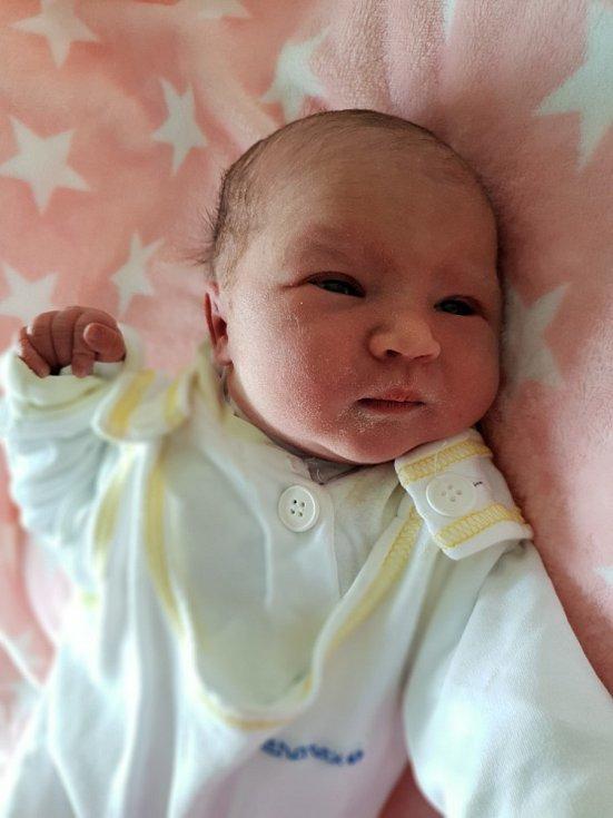 Ema Harazimová z Bolatic, narozena 2. července 2021, váha 3560 g, míra 49 cm. Foto: Andrea Šustková