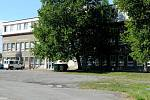 UBYTOVNA VE SVINOVĚ. Chybu udělalo město, když bývalou administrativní budovu Dolu Jan Šverma nechalo zkolaudovat jako ubytovnu.