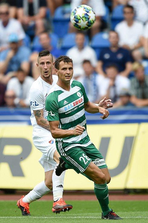 Utkání 5. kola první fotbalové ligy: FC Baník Ostrava - Bohemians 1905 , 10. srpna 2019 v Ostravě. Na snímku (zleva) Lukáš Hůlka a Jiří Fleišman.