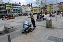 Dlažba na ostravském Masarykově náměstí se stala předmětem vyšetřování protikorupční policie.