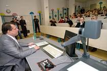 Jiří Paroubek přednáší studentům VŠB-TU v Ostravě