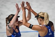Turnaj Světového okruhu v plážovém volejbalu, 21. června 2018 v Ostravě. Na snímku (vpravo) Markéta Sluková a Barbora Hermannová.